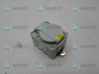 Abl Sursum Ip54 Receptacle *New No Box*
