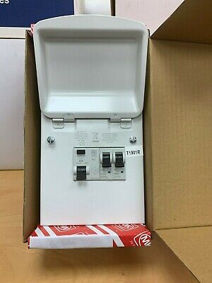 MK Sentry Amendment 3 2W 63A RCD Metal Garage Consumer Unit 2 Way K6550SMET