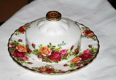 Royal Albert Old Country Roses China Made in England - Dome covered butter dish