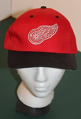 best service 3c0c8 e1d9d DETROIT RED WINGS NHL Hockey Cap Baseball Style Snap back Hat Red