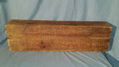 Buster Brown Shoes Wooden Dovetailed Box w/ Croquet Set