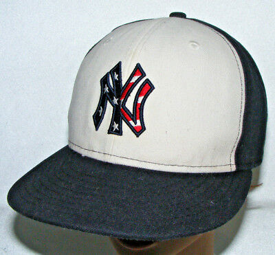 e27e0ae770f7b New York Yankees New Era Hat Cap 59FIFTY Fitted 4th July size 7 Flag  Patriotic