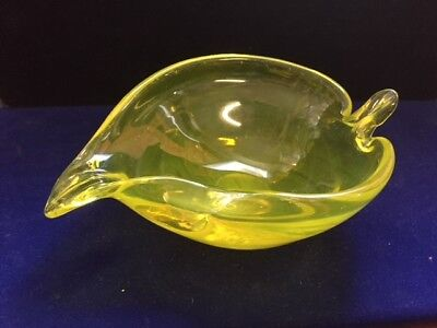 Vintage Bright clear Green glass leaf shaped dish ashtray