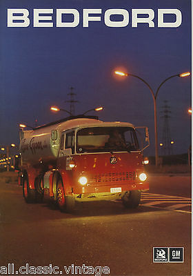 BEDFORD - Model RangeTruck/Vrachtwagen brochure/prospekt/folder Dutch 1974