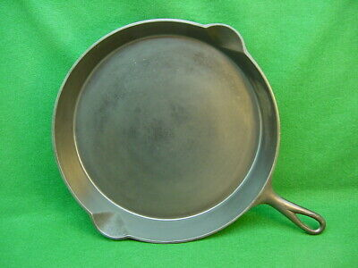 ANTIQUE O.P. & CO. NO.12 CAST IRON SKILLET W/ HEAT RING. circa 1880's, CLEANED!
