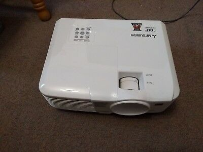 Mitsubishi EX240U DLP Projector GOOD WORKING ORDER PRESENTATION PROJECTOR