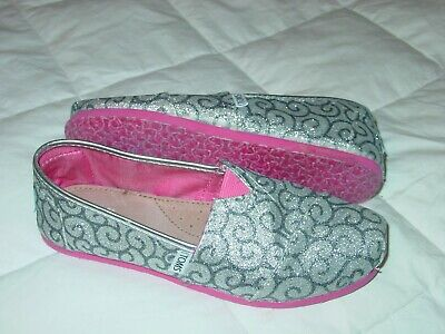 85feaa97d36 Toms Silver Glitter Y 3.5 Youth Kids Junior Girl Classic Espadrille Shoe  Loafers