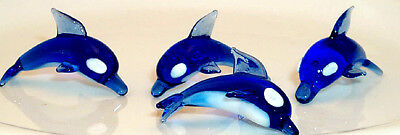 BLUE/WHITE DOLPHIN 0201 MINI-size in a 6 pcs. group at play setting