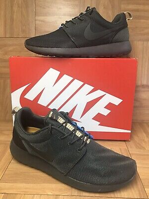 5b13da564f2e7 RARE🔥 Nike Roshe Run One Split Blue Hero Army Green Newsprint Sz 11 511881-