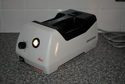Leica CLS100X Cold Light Source Base Lamp for Microscope FULLY WORKING