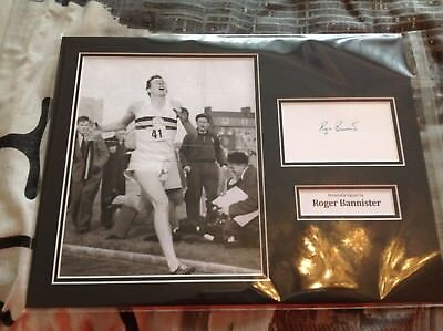 Roger Bannister Hand Signed 16 X 12 Photo Mount Photo Four Minute Mile Running