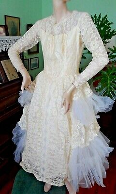 VTG 40s 50s Lace Wedding dress Tulle Crinoline layer Prom white Ivory buttons S