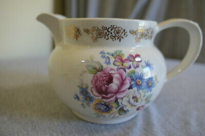 Vintage Pottery China Sauce Gravy Boat Made in England Flowers 22 Kt Gold Trim