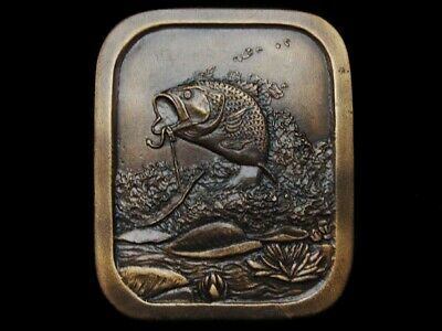Lh05134 Nice Vintage 1976 **Large Mouth Bass Hooked On Lure** Fishing Buckle