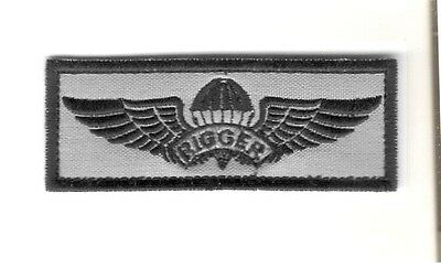Army Parachute Rigger Badge Silver Oxide Regulation Size
