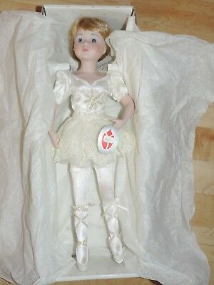 "Full-Body Porcelain BALLERINA in White Delton-NIB 5.5/""   7076-0"