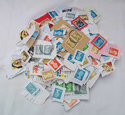 10Kg Charity Collected Uk Charity Kiloware With Guarantee Of 1Kg Security Stamps