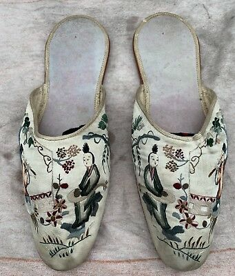 Fine19thC Pair of Ladies Silk Embroidered Chinese Shoes Foot Binding Bound