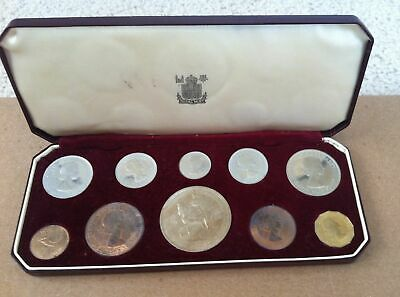 UK Britain Queen Elizabeth Royal Family Coronation Proof Coin Set Lot Windsor QE