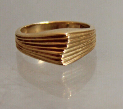 Vintage Estate Find Solid Yellow Gold 14K Striated Pinky Ring Sz 3.5-3.75