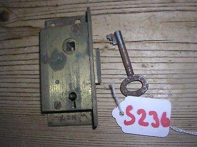 Antique Brass 'Hobbs' Spring Loaded Cabinet Lock With Key (S236)