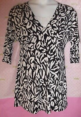 c1f09db03a3e  68 August Silk Embroidered Cami Insert Black White Floral Print Large Dress