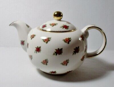 Royal Albert OLD COUNTRY ROSES CLASSIC II Teapot 4 Cup EXCELLENT