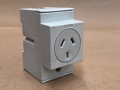 Clipsal 4Pso10 Automatic Switched Socket Single Pole Schneider Electric