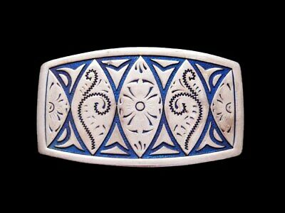 IL31133 VINTAGE 1970s **BLUE INLAY FLORAL DESIGN** SILVERTONE BELT BUCKLE