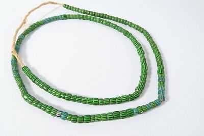 Alte grüne Chevron Glasperlen AC70 Old green Venetian Trade beads Afrozip