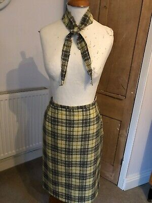 True Vintage 1960s Wool Pencil Skirt With Matching Neck Tie Size 10