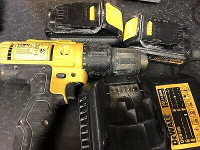 Dewalt Dcd776 18V Cordless Combi Hammer Drill Plus 2 Batteries And Charger