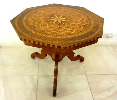 Antique Xix C. Italian Sorrento Octogonal Walnut Marquetry Table W/Tripod Superb