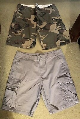 e9eb39a851 LOT OF 2 MENS TOMMY HILFIGER PLAID CARGO SHORTS SIZE 38 #D6 - $49.00 ...