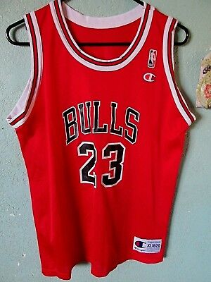 fd40a27cde3 2 VINTAGE CHAMPION NBA CHICAGO BULLS JERSEYS Jordan & Rodman (youth ...