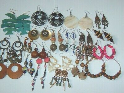 1 Pair Ethnic Tribal Wood Surfer Shell Hippy Themed Pierced Earrings Menu Choice