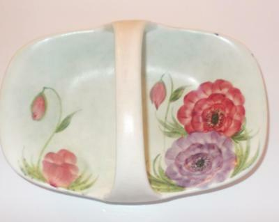 Vintage Early E. Radford Handled Dish Decorated Anemones 8In Wide