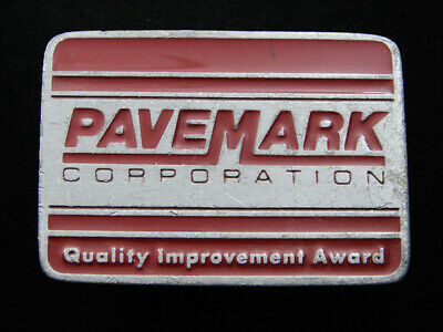 RG11103 VINTAGE 1970s **PAVEMARK CORPORATION** ADVERTISEMENT BELT BUCKLE