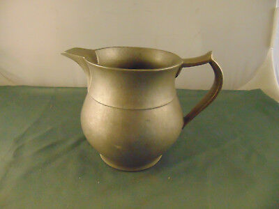 Wilton Pewter pitcher medieval grog wine 32 oz Plough Tavern Colonial style art