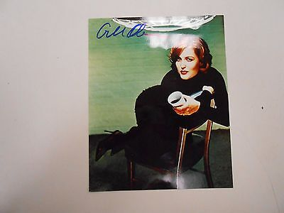 SIGNED Gillian Anderson 8 x 10 photo with COA! VERY RARE PICTURE! LOOK!