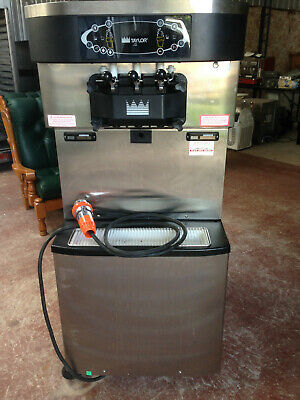 Taylor C713 Soft Serve Machine in Excellent Working Order