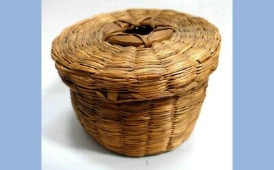 antique RYE GRASS BASKET STRING HOLDER americana STAR LID sewing sweet