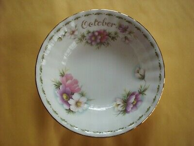 Royal Albert Flower Of The Month. Small Bowl  October Cosmos