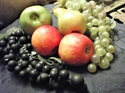 Realistic Artifical Faux Fruit 2 Red Gold Apples & Long Bunch Of Grapes