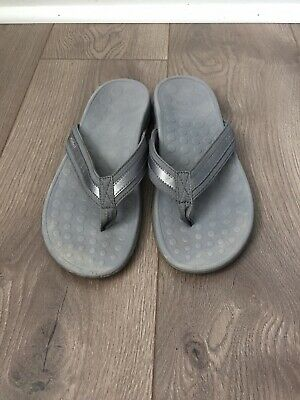 5d5c80b93cd VIONIC Orthaheel Tide II Womens SZ 8 Gray Arch Support Flip Flop Thong  Sandals
