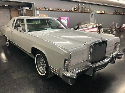 1977 Lincoln Town Car  1977 Lincoln Town Car One Owner Classic