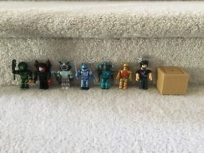 G) LOT ROBLOX Action Figures Weapons Accessories, Pre owned
