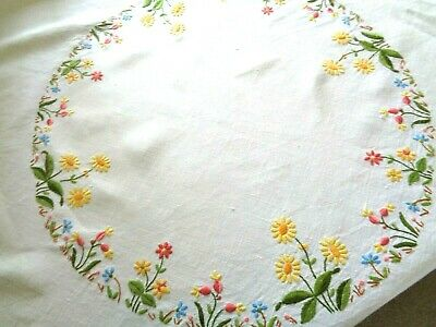 Vintage Irish Linen Tablecloth Hand Beautifully Embroidered Summer Flowers   VGC