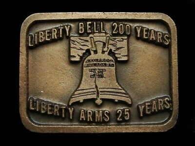 NE01119 *NOS* VINTAGE 1970s **LIBERTY BELL 200 YEARS LIBERTY ARMS** BELT BUCKLE