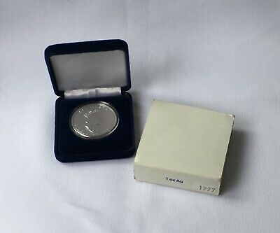 Canada 1997  Silver Maple Leaf 1 oz .9999  Capsule And Case Key Date